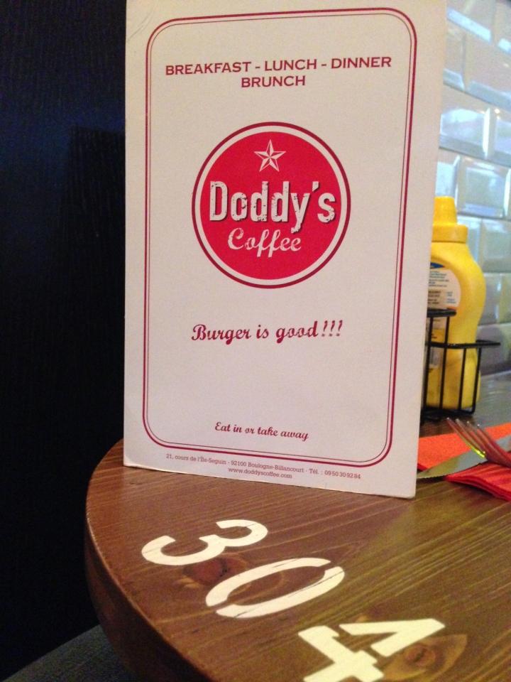 table doddy's coffee boulogne - les restos de boulogne
