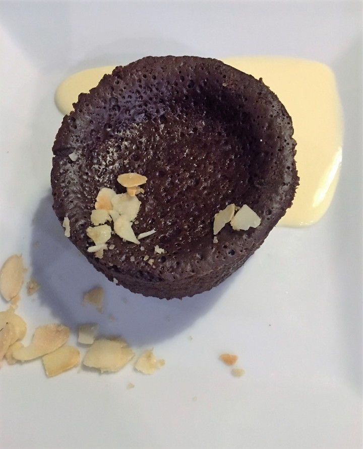 Mi-cuit Chocolat et crème anglaise - La Grange