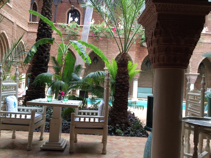 Le sultana patio piscine marrakech